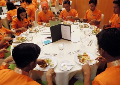 table_manner